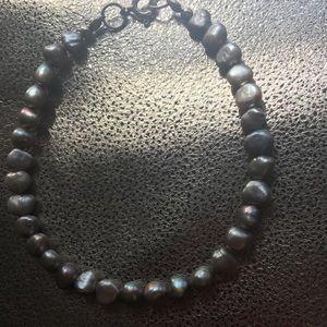 Jewelry - Silver grey freshwater pearl bracelet